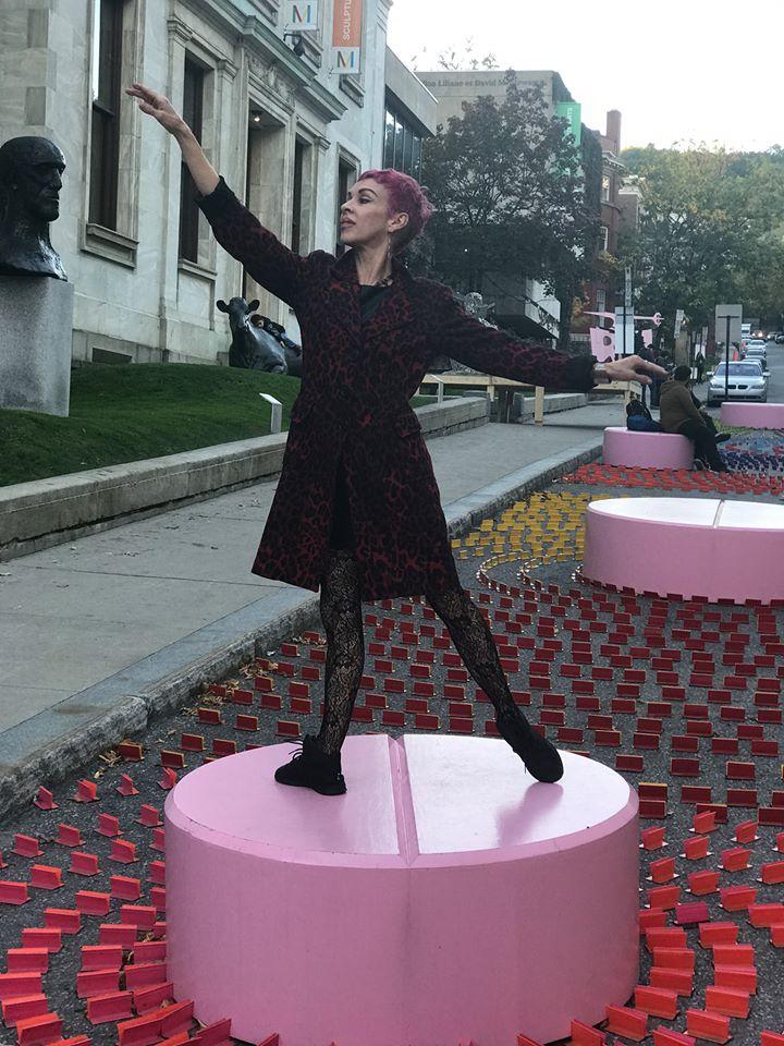 Danielle-Hubbard-street-pose